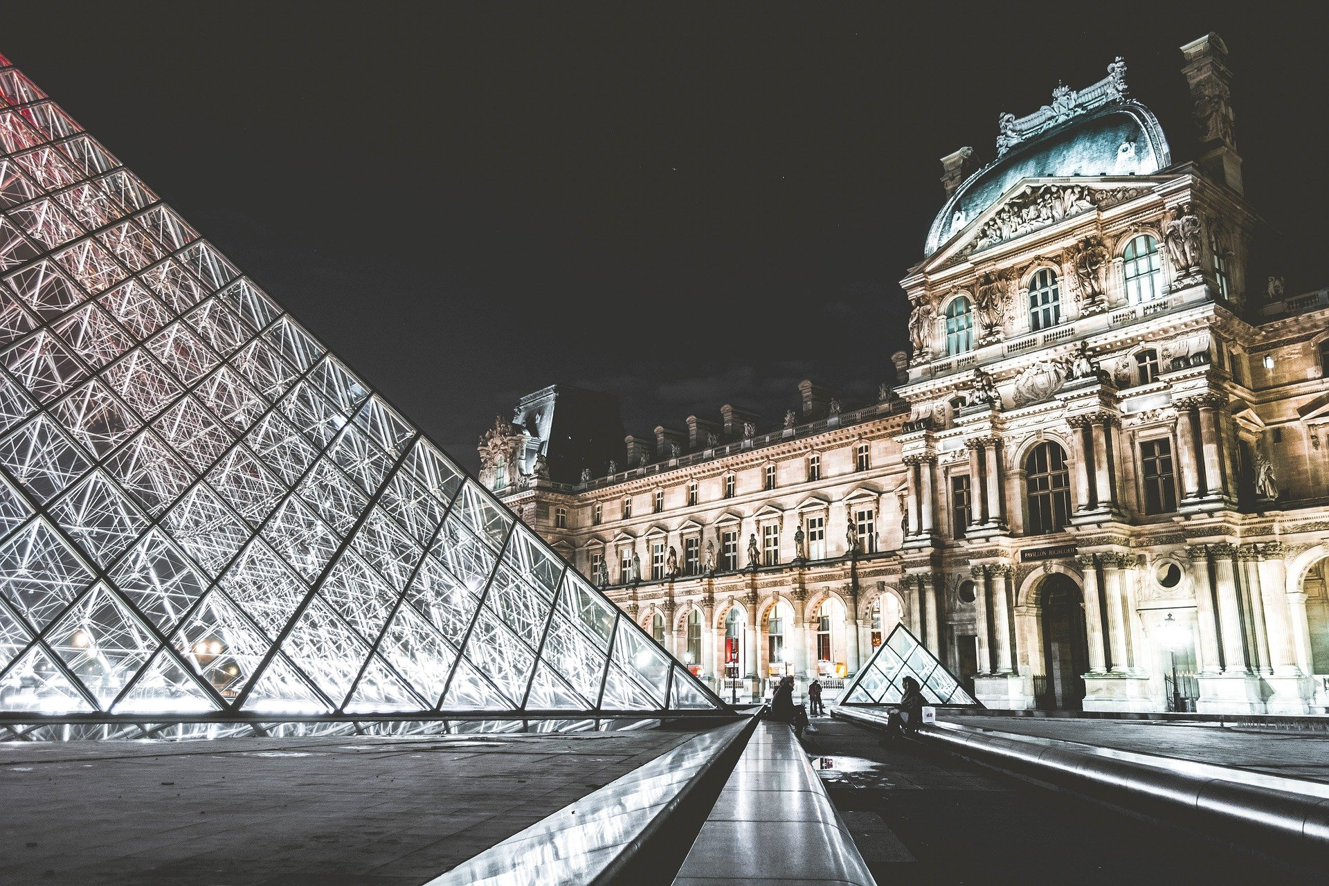 louvre gestion locative airbnb paris