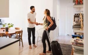 Airbnb : comment devenir riche grâce au statut de Superhost ?