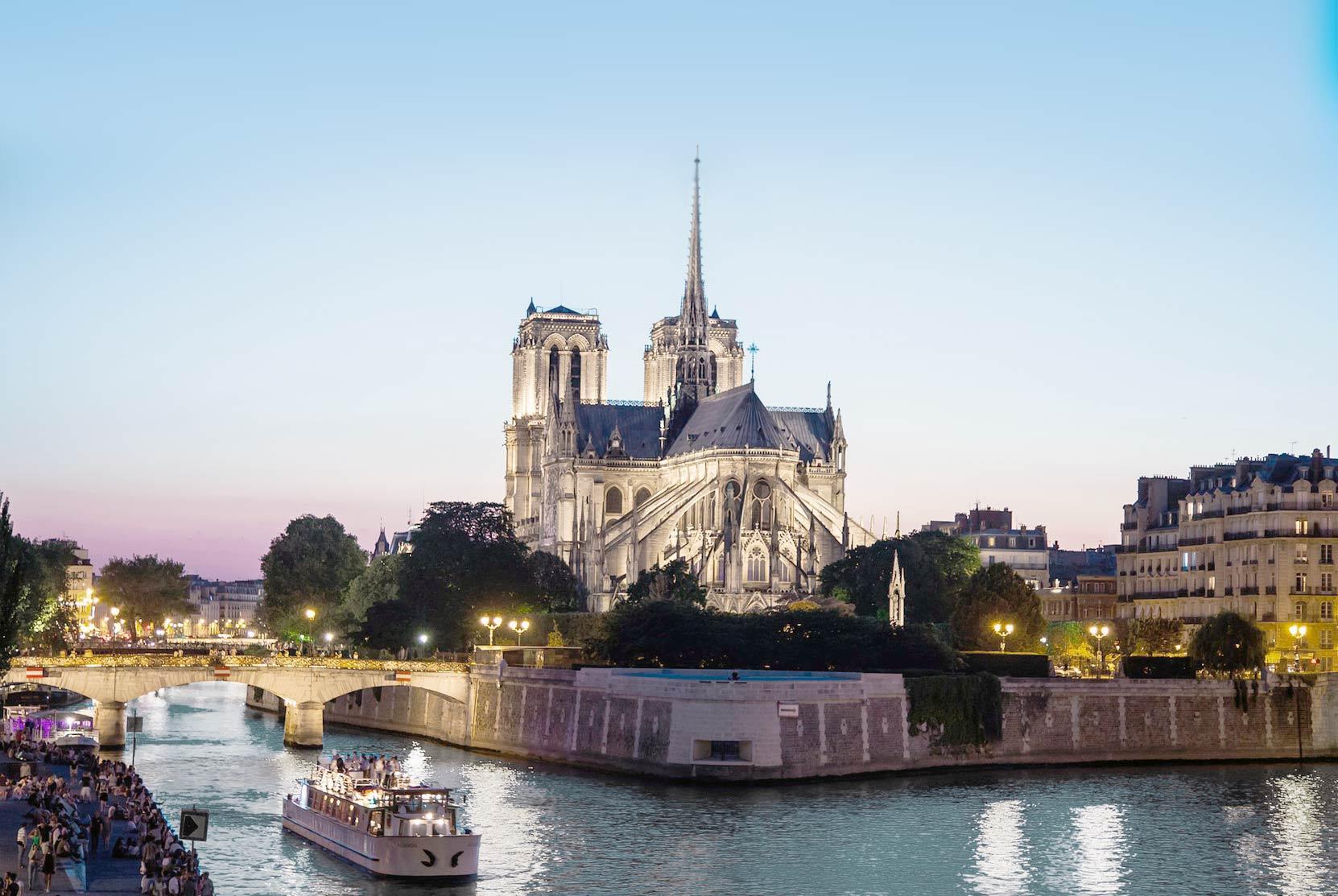 5 lieux incontournables pour vos vacances à Bayeux avec notre conciergerie